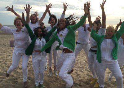 Optreden Samba Vivaz op een mooie bruiloft op het strand Noordwijk